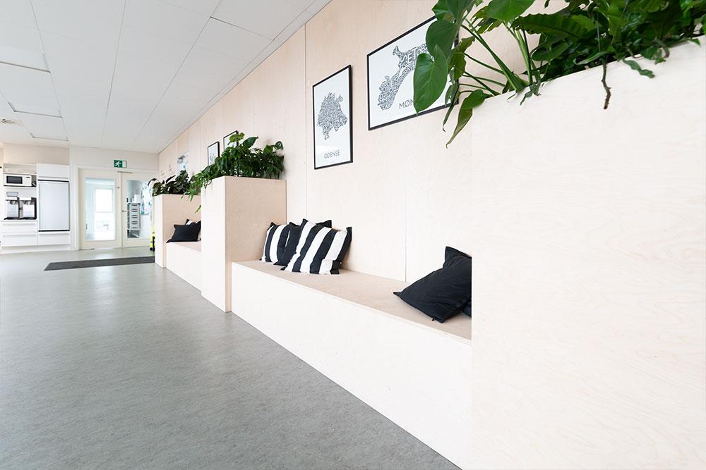 plantekummer i træ, retro planter, Ole Larsen